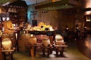 The Tasting Class Cave Wine Bar